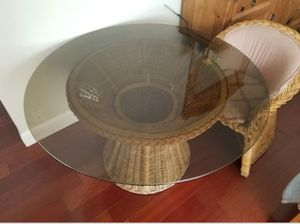 Natural Wicker glass table set for Sale in South San Francisco, CA