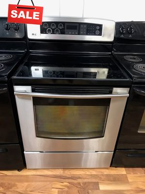 AVAILABLE NOW! Electric Stove Oven LG Stainless Steel #1518 for Sale in Greenwood, IN