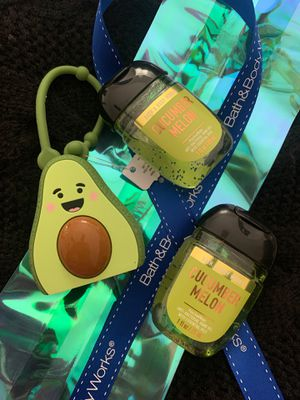 Avocado pocketbac with 2 cucumber melon sanitizers for Sale in Corona, CA