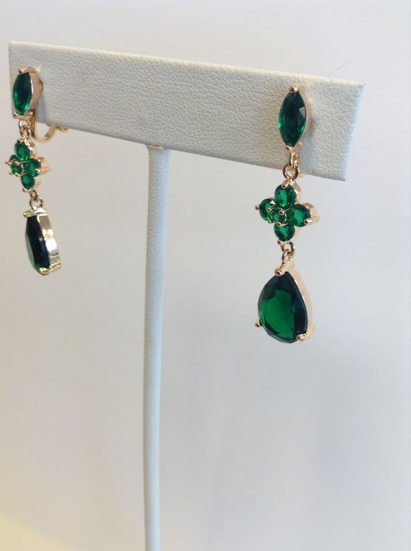 Emerald color gold framed clip on earrings