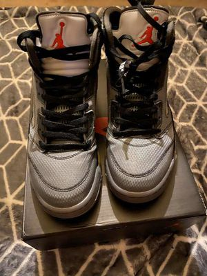 Off-White Jordan 5 Size 8.5 for Sale in Chicago, IL