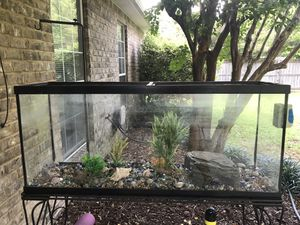 100 gal aquarium with stand, pump, and accessories. for Sale in Milton, FL