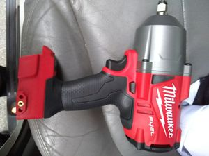 MILWAUKEE M18 FUEL BRUSHLESS HALF INCH TORQUE WRENCH for Sale in Colma, CA