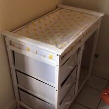 Baby Changing Table for Sale in Fort Lauderdale, FL