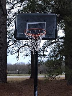 Basketball Hoop for Sale in Zebulon,  NC