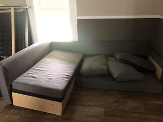 Couch Sectional Sleeper for Sale in Mulberry,  FL