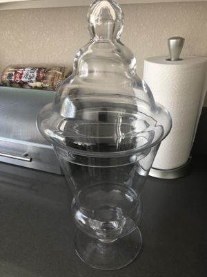 Set of two Apothecary Glass Candy Jar with Lid for Sale in Poway, CA