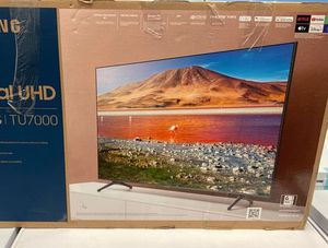Samsung 43 crystal uhd tv 📺 X 1T for Sale in Brea, CA