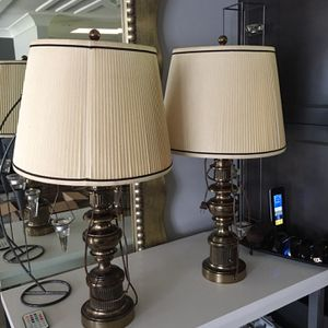 Antique Vintage Stiffel Brass lamps with original cloth shade for Sale in Pompano Beach, FL