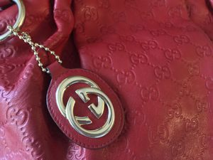 Gucci Sukey Red Leather Shoulder Bag for Sale in Glendale, AZ