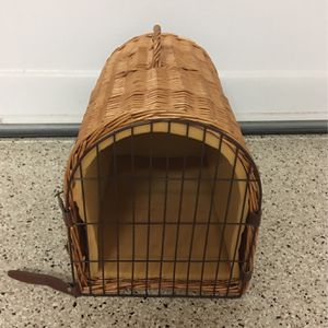 Dog or cat crate for Sale in Saugus, MA