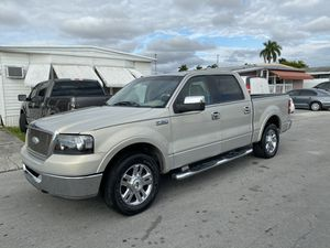 Ford f150 lariat for Sale in Hialeah, FL