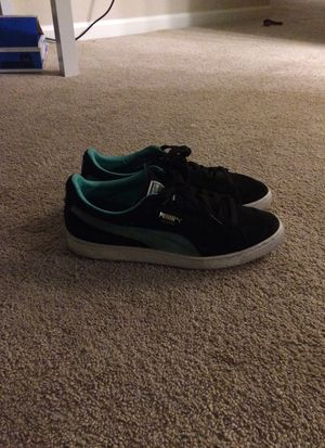 Pumas sz 10 for Sale in Raleigh, NC