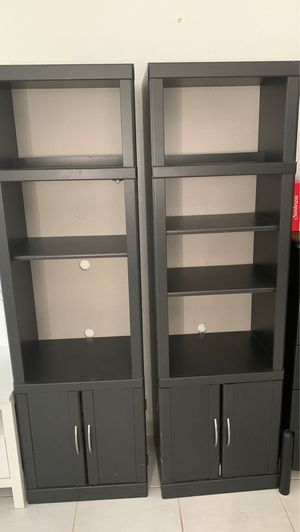 Twin tower shelves for Sale in Miami, FL
