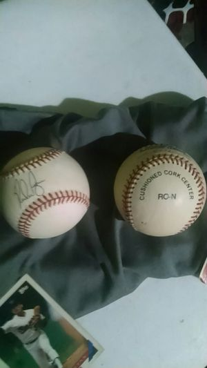 JD Drew and Nolan Rynan autograph Rawlings baseballs for Sale in St. Louis, MO