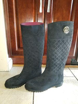 Tommy Hilfiger womans size 9 Rain Boots for Sale in Morton Grove, IL