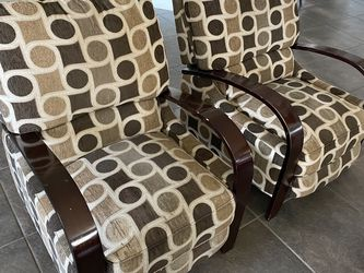 2 Recliner Chairs for Sale in Fresno,  CA