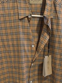 Men's Burberry Shirt for Sale in Huntington Park,  CA
