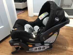 Chicco Keyfit car seat, stroller, and two car seat bases for Sale in Arlington, VA