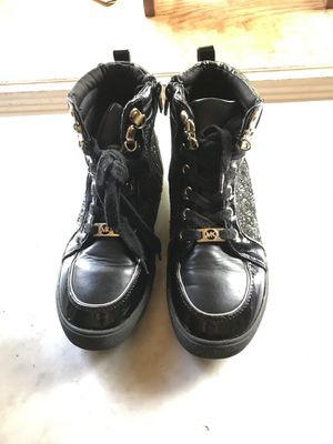 Michael Kors shoes size 4 for Sale in Manassas, VA