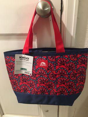 Igloo Cooler Tote for Sale in Broomfield, CO
