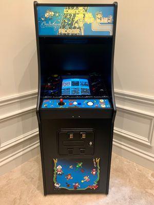 60 game full size arcade machine for Sale in Miami, FL