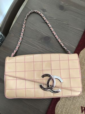 Authentic Chanel shoulder bag for Sale in Alexandria, VA