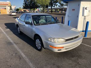 Camry LE 4cyl 1993 4 door cheap nice car for Sale in Phoenix, AZ