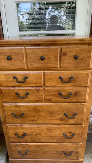 Dresser for Sale in St. Louis, MO