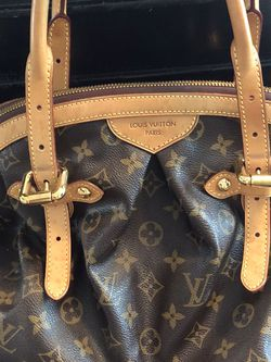 Louis Vuitton Tivoli GM Tote for Sale in Henderson,  NV