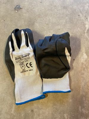 Working gloves size medium for Sale in Bakersfield, CA