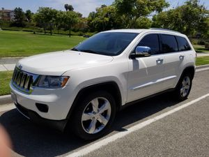 2011 Jeep Grand Cherokee overland for Sale in San Diego, CA