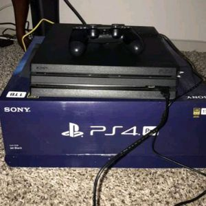 PS4 pro for Sale in Clinton Township, MI