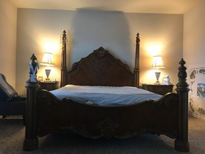 master bedroom set adjustable king size for Sale in Puyallup, WA