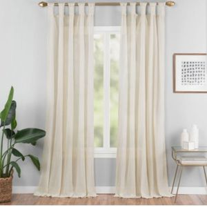 "50""x84"" Priya Solid Fashion Curtain for Sale in Coppell, TX"