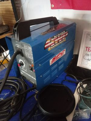 Chicago electric 90 amp flux wire welder for Sale in Bakersfield, CA