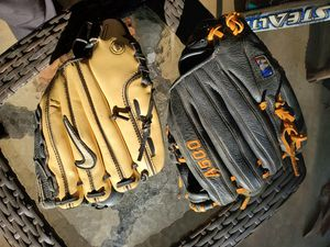 Baseball gloves and bats for Sale in ROWLAND HGHTS, CA