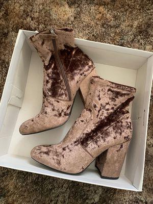 Steve Madden velvet boots for Sale in Santa Clara, CA
