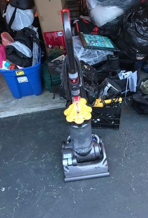 Vacuum dyson for Sale in Laguna Beach, CA