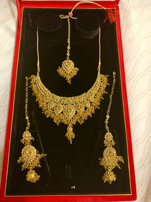 Ethnic Fashion Indian Bollywood bride jewelry set for Sale in Silver Spring, MD