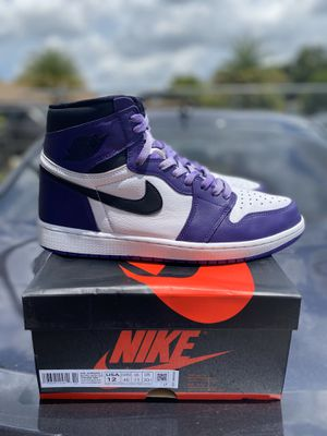 Jordan retro 1 court purple size 12 lightly worn og box for Sale in Miami, FL