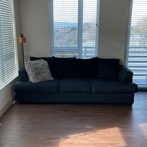 Sofa/couch for Sale in Portland, OR