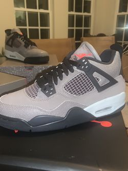 Jordan 4 Taupe Haze Size 6.5 for Sale in Bowie,  MD