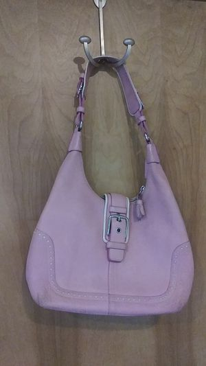 Pink Coach bag barely used slight wear. for Sale in Kirkland, WA