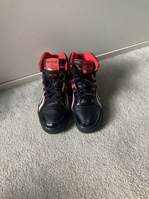 REEBOK classic Rozmiar 40.5 Size 8 (imported from Uk) for Sale in Takoma Park, MD