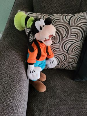 Goofy plush Disney for Sale in Montclair, CA