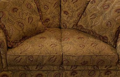 Loveseat By Broyhill for Sale in King of Prussia,  PA