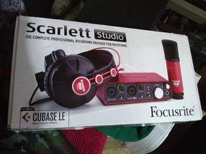 Recording Studio Scarlett 2i2 for Sale in Ottumwa, IA
