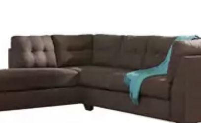Maier Right-arm Facing Full Sofa Sleeper Benchcraft Maier Walnut Collection for Sale in Skokie,  IL