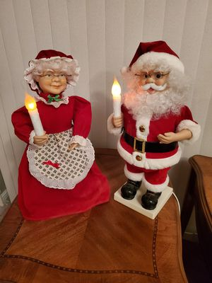 Mr & Mrs Santa for Sale in Pembroke Park, FL
